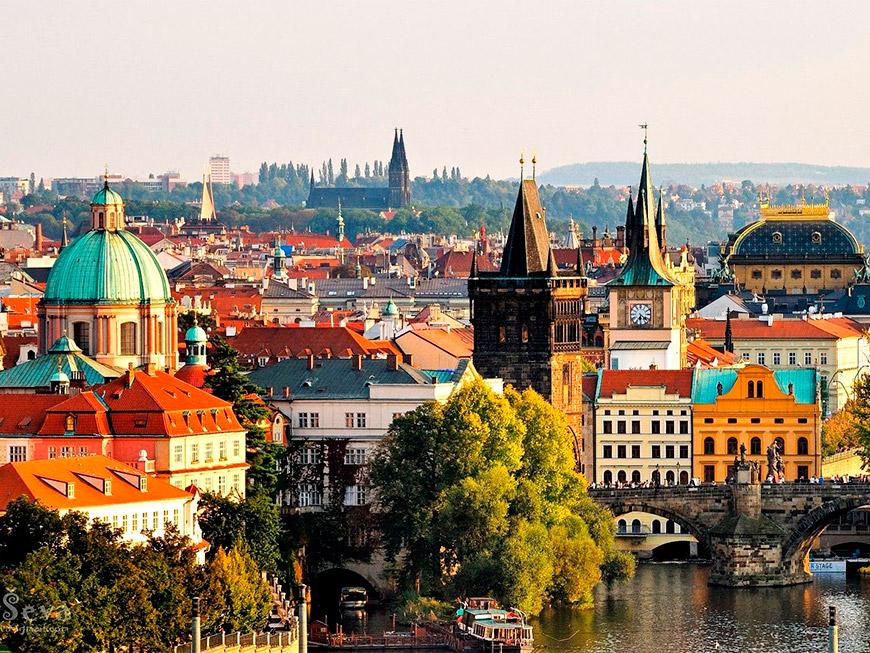 Подорож по Україні, Європі, СНД за допомогою Трансфер Черкаси