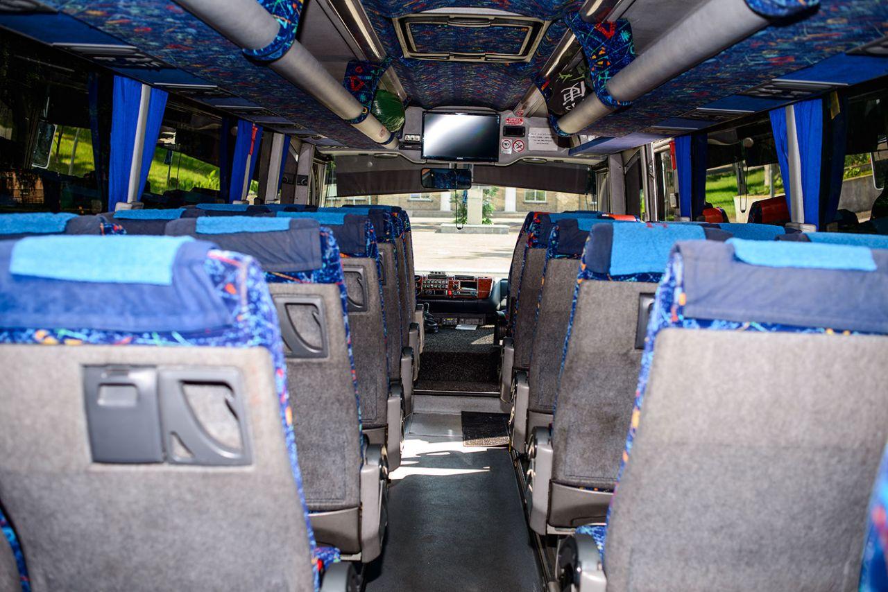 Фото автобуса для аренды в Черкассах